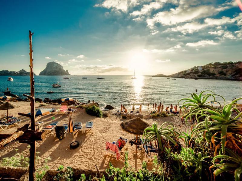30 лучших пляжей Испании - список фото описание карта