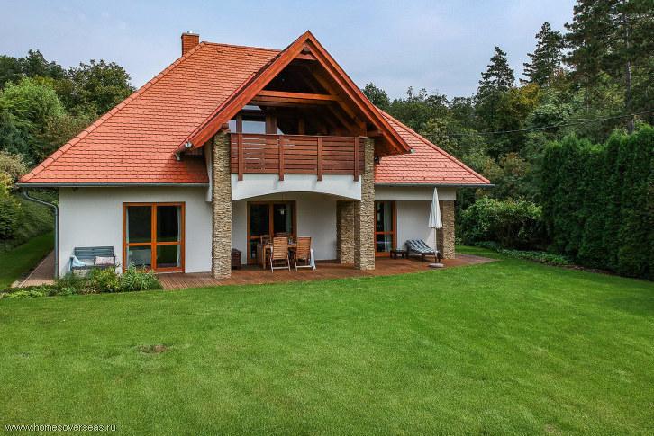 Семейный дом с прекрасным панорамным видом