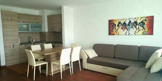 Квартира 93 м2 в Петровац