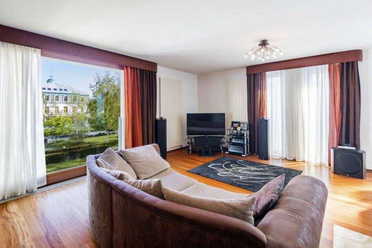 Квартира 5+1, Прага 6