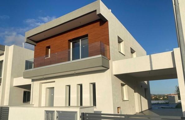 brand new modern house in parekklisia limassol